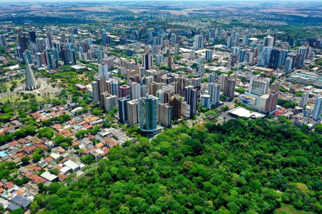 Generosas áreas verdes de nossa cidade. 29/10/2020