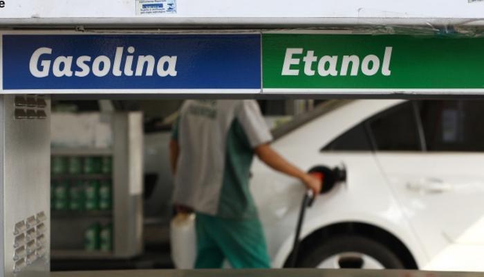Petrobras anuncia novo aumento nos preços da gasolina, diesel e gás de cozinha.
